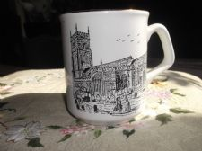 COLLECTABLE GILDED MUG MAYFLOWER WINNER STREET PAIGNTON PARISH CHURCH DEVON